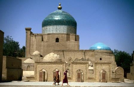 1377103410_uzbekistan-tours-traveling-in-silk-road1