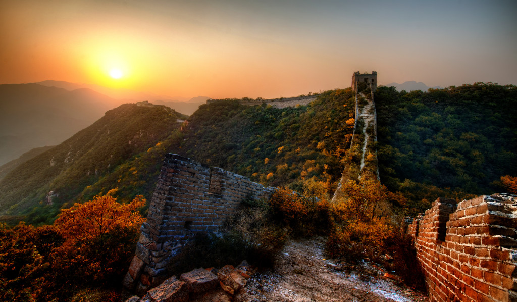 Image: The New Garden Path Along the Great Wall of China. Image source: Trey Ratcliff via Flickr Creative Commons