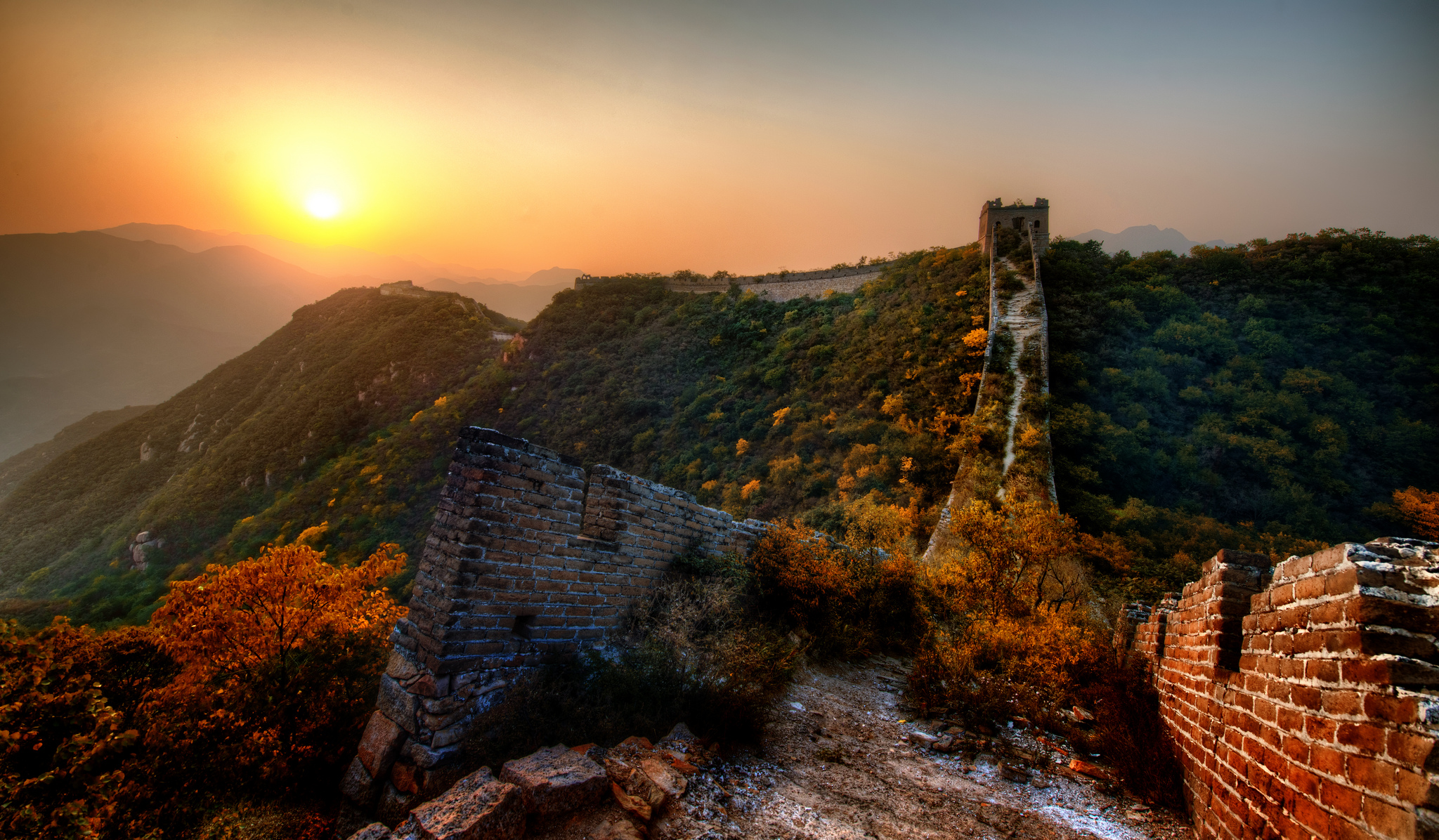Image: The New Garden Path Along the Great Wall of China. Image source: