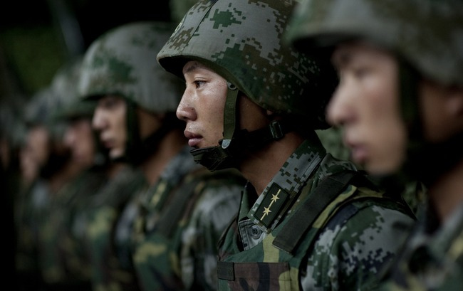 Chinese Marines prepare for an exercise.