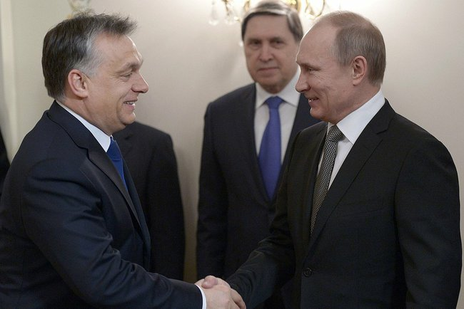 Victor_Orban_in_Moscow_(2)