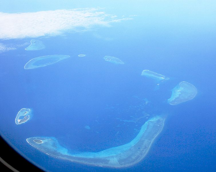 Crescent group of the disputed Paracel Islands. via Wikimedia Commons.