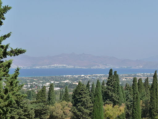 A view over Kos Town to Turkey in the distance from the Asklepion (by JD554)