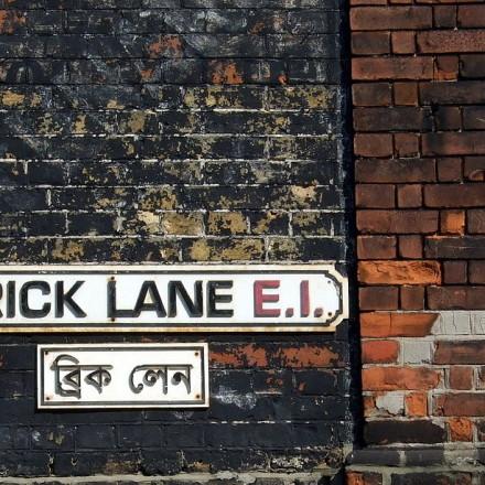 Brick Lane street sign in English and Bengali. Photo: James Cridland