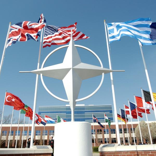 2016-06-08-NATO